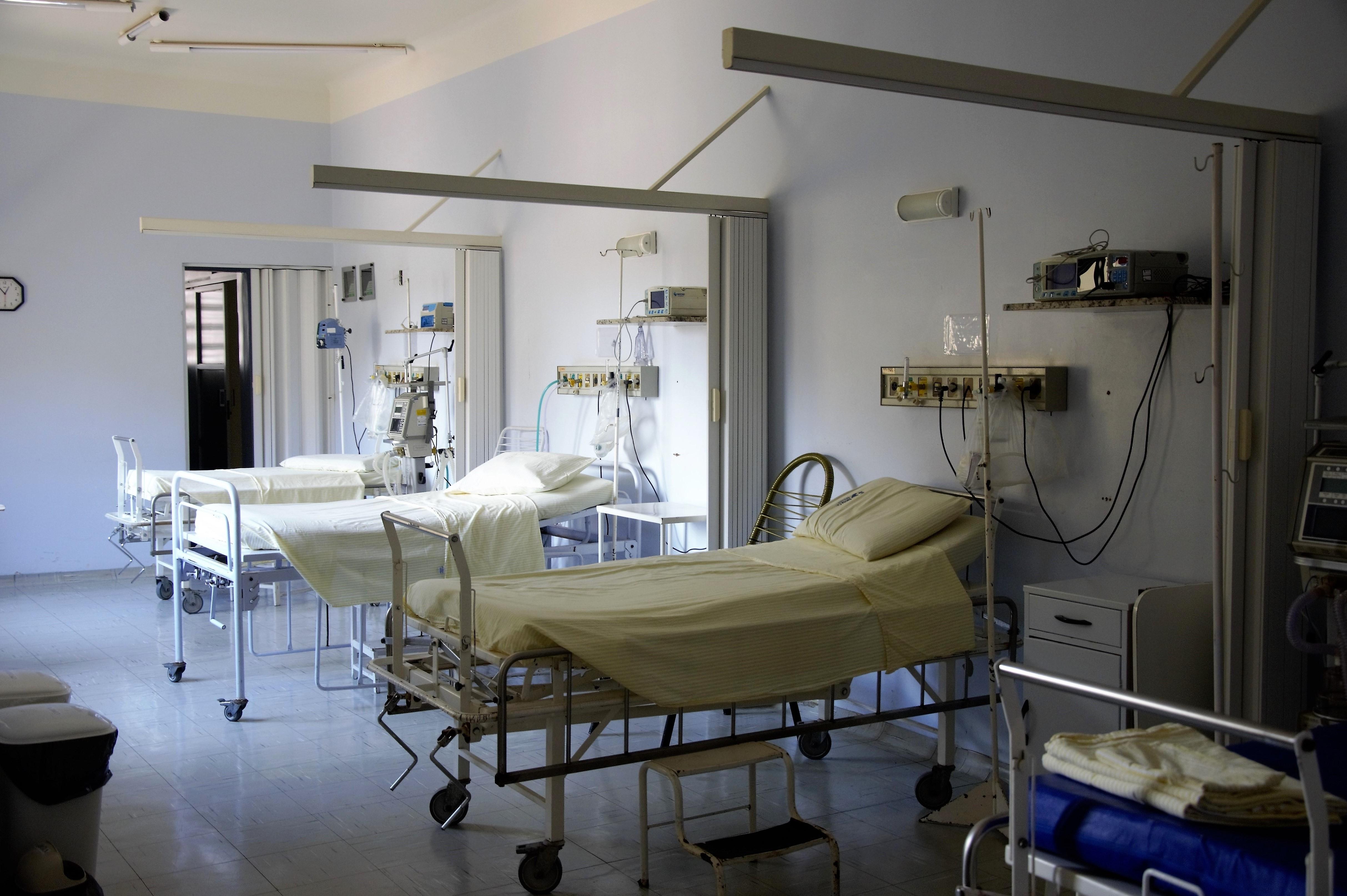 kórház burkolás, klinika burkolás, egészségügy